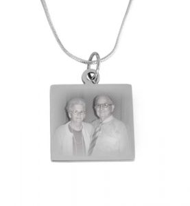 Silver pendant including photo engraving