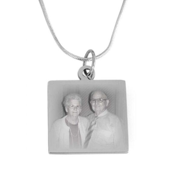 Silver pendant including photo engraving